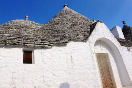 A house, a trullo