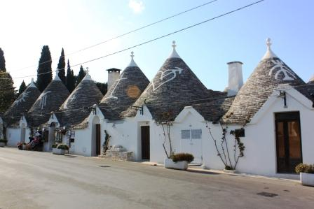 Don't forget to check the symbols on the houses...and the heart in Alberobello